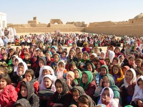 Afghanistan_Girl's at School[1]